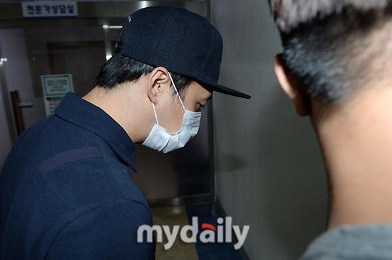Cảnh sát Gangnam tuyên bố ADN trên tang vật trùng khớp với Yoochun