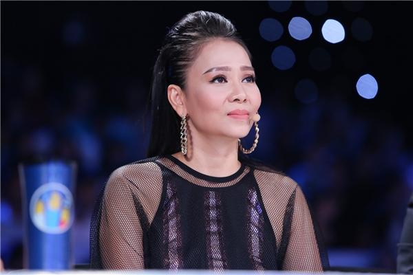 Là một nữ ca sĩ - giám khảo có tâm với công việc, Thu Minh luôn chỉ ra những điểm còn hạn chế của thí sinh. Tuy nhiên, cô nên tiết chế lại hoặc canh thời gian, dẫn đến việc chia sẻ quá dài,chuyên môn khiến nhiều khán giả ngán ngẩm.