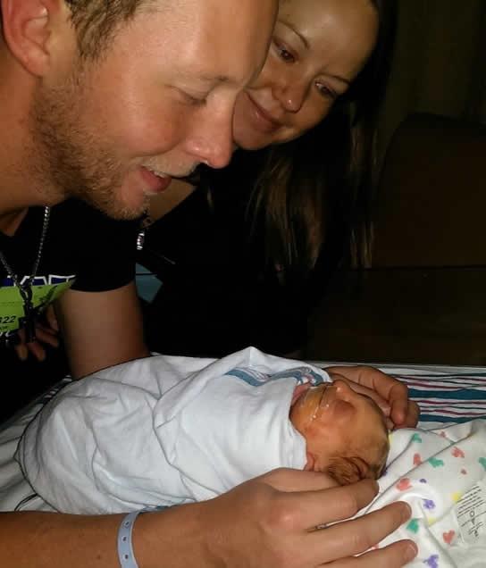 Vào ngày 27 tháng 8 năm 2014, cậu bé Jaxon Buell ra đời.
