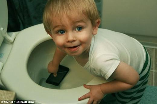 Nghe đồn điện thoại có chức năng chống nước!