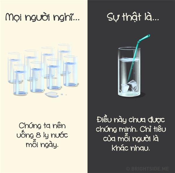 Việc uống bao nhiêu nước một ngày là tùy vào nhu cầu của cơ thể bạn thôi.