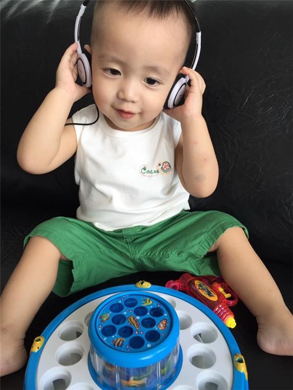 """Nhiều fan còn vui tính dự đoán rằng """"tiểu DJ"""" Ca Cao sẽ có rất nhiều người hâm mộ nếu biểu diễn thật."""