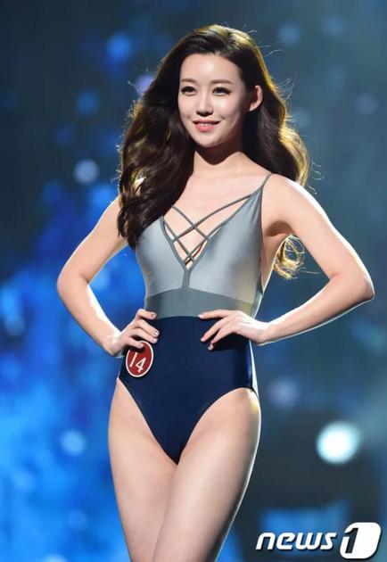 Thí sinh Lee Hyo Seon cũng được netizen khen ngợi nhờ sở hữu khuôn mặt đẹp của một diễn viên
