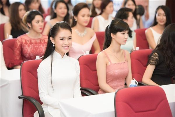 Tại miền Bắc xuất hiện rất nhiều gương mặt nổi bật mang nét đẹp phúc hậu, thuần Việt.
