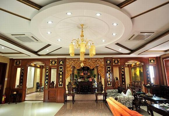 Với nội thất xa hoa theo kiểu hoàng gia, căn nhà 6 tầng rộng 500 mét vuông ở quận Tân Bình của Trang Nhung khiến nhiều người mơ ước. - Tin sao Viet - Tin tuc sao Viet - Scandal sao Viet - Tin tuc cua Sao - Tin cua Sao