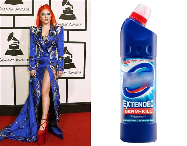 """Lady Gaga và bộ váy """"nước tẩy vệ sinh"""" trứ danh."""