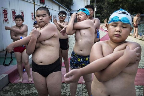 Số lượng trẻ em béo phì đang gia tăng tại Trung Quốc.