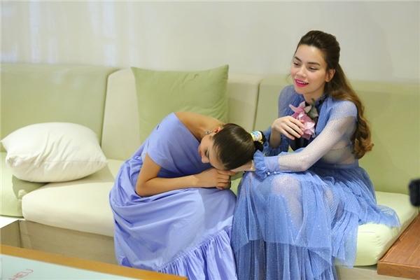 Phạm Hương năn nỉ Hồ Ngọc Hà cho An Nguy cơ hội.