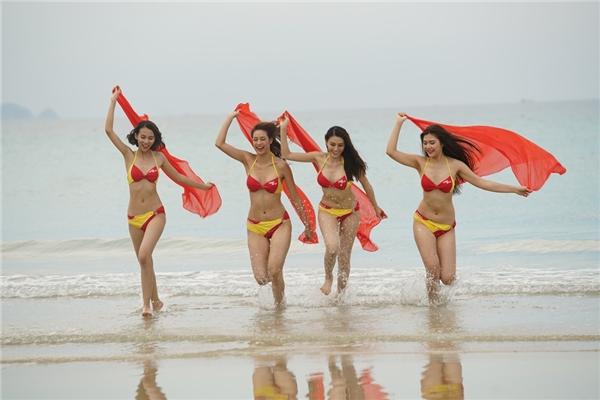 Được đánh giá là team đồng đều nhất cuộc thi, bốn cô gái xinh đẹp Lily Nguyễn, Lê Hà, Huyền Thanh, Phương Anh đã không mấy khó khăn để giành chiến thắng.