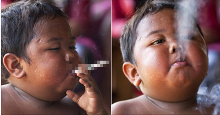 """2 tuổi, Ardi Rizal đã làm cả thế giới ngán ngẩm, lo sợ khi """"đốt"""" tận 40 điếu thuốc lá mỗi ngày. (Ảnh Internet)"""
