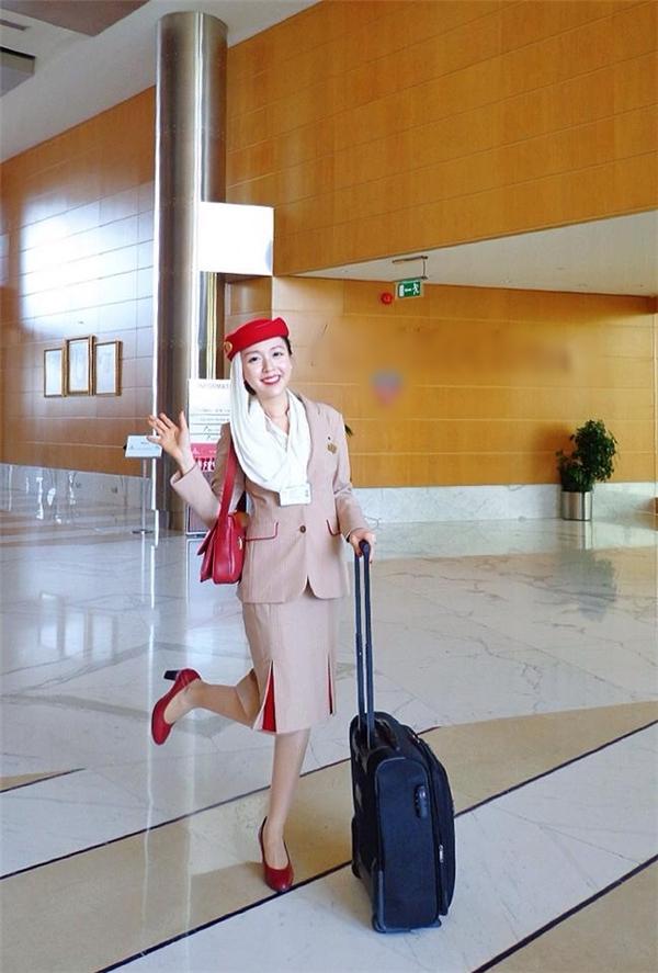 Kiều Phương đang là tiếp viên cho một trong những hãng hàng không hàng đầu thế giới ở Dubai.