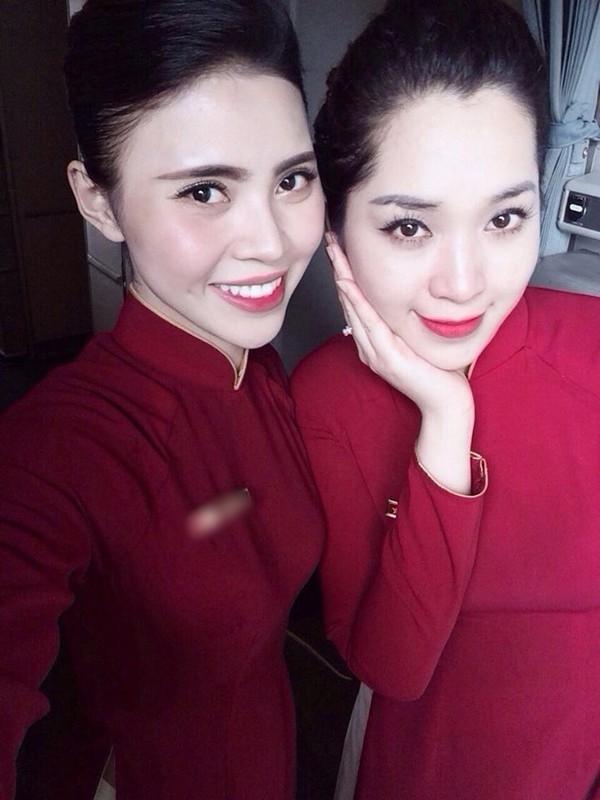 Hiện tại cô đang làm tiếp viên của một hãng hàng không ở Việt Nam.