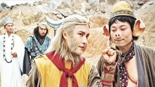 Hình ảnh Tôn Ngộ Không và nhị đệ Trư Bát Giới trong Tây Du Kýphiên bản TVB 1996 mang tính hài hước cao.