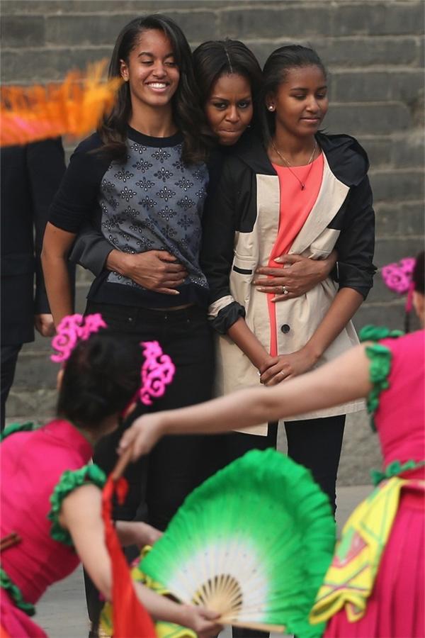 Michelle Obama luôn cố gắng cho con mình một cuộc sống bình thường nhất.