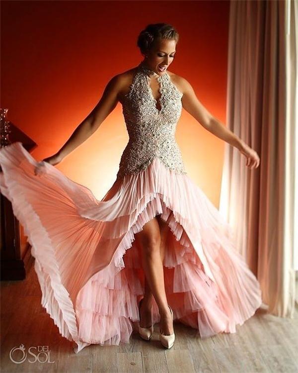 Một chiếc váy lấy cảm hứng từ trang phục của vũ công salsa.(Ảnh: Instagram)