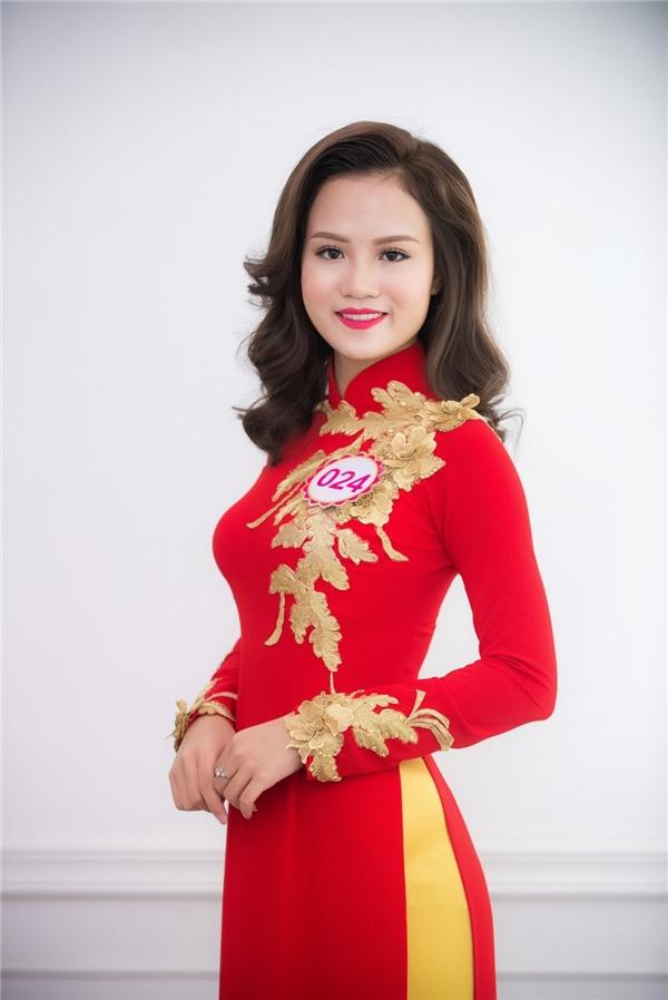 Nguyễn Thị Lan Anh mang nét đẹp phúc hậu của người phụ nữ Việt Nam.