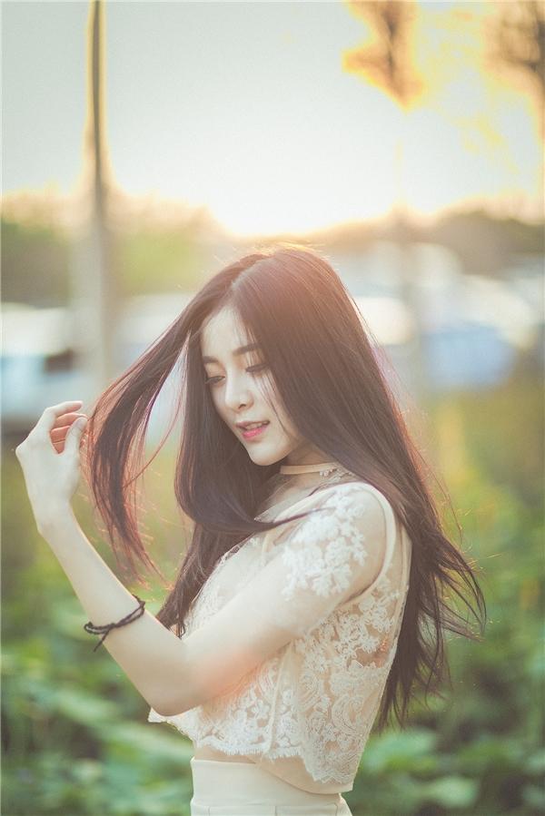 """Giờ đây đường nét trên gương mặt cô Aee đã thanh tú hơn và cô được gọi là """"bản sao của Phạm Băng Băng""""."""