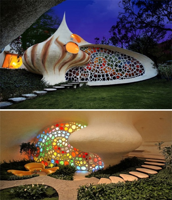 Nhà vỏ sò Nautilus được xây dựng vào năm 2006 với điểm nhấn là mặt tiền được khảm gạch đủ màu, tạo nên hiệu ứng cầu vồng tuyệt đẹp và đặc biệt sống động cho tổng thể kiến trúc.(Ảnh: Internet)