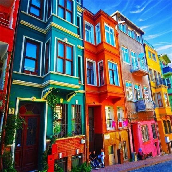 Và dãy nhà đặc sắc này sẽ đưa Istanbul vào danh sách những nơi nhất định phải đến của nhiều người đây! (Ảnh: Internet)