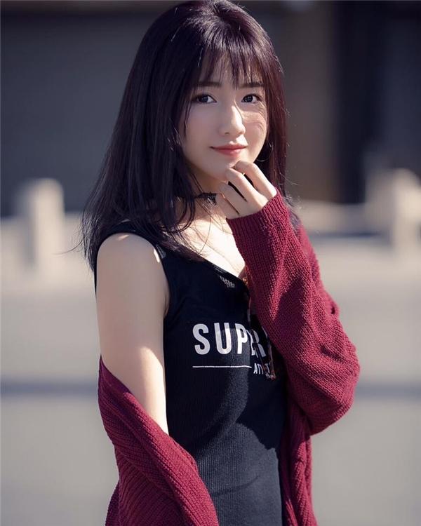 Cô gái có vẻ đẹp ngọt ngào nhất làng hot teen Việt là ai?