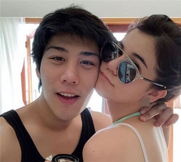 Bạn gái của anh chànglà mộtdiễn viên - người mẫu nổi tiếng tại Thái Lan.