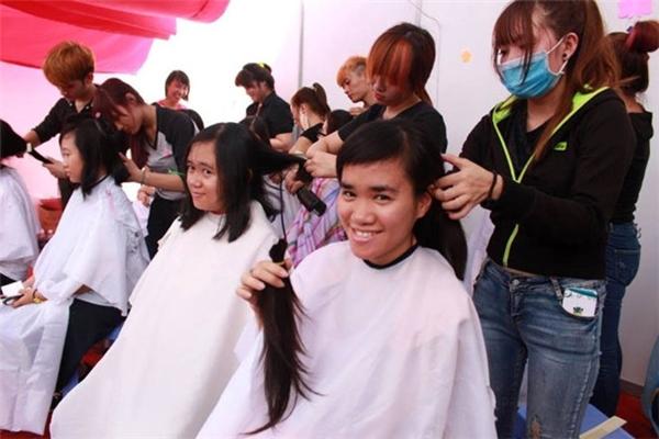 Đã có rất nhiều bạn nữ Việt Nam ủng hộ chiến dịch này.
