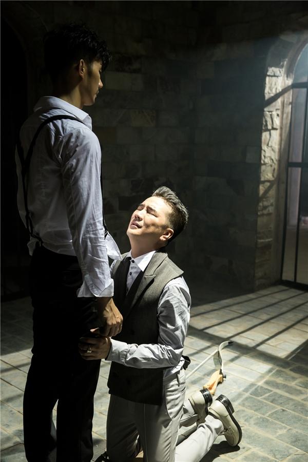 Bất ngờ lộ diện người yêu đồng giới của Đàm Vĩnh Hưng