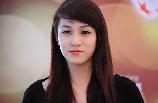 Lộ ảnh quá khứ đáng kinh ngạc của mĩ nhân đẹp nhất The Face Vietnam