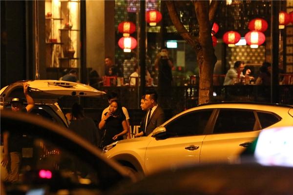 Những hình ảnh mới nhất khi Hari Won bước ra từ khách sạn 5 sao. - Tin sao Viet - Tin tuc sao Viet - Scandal sao Viet - Tin tuc cua Sao - Tin cua Sao