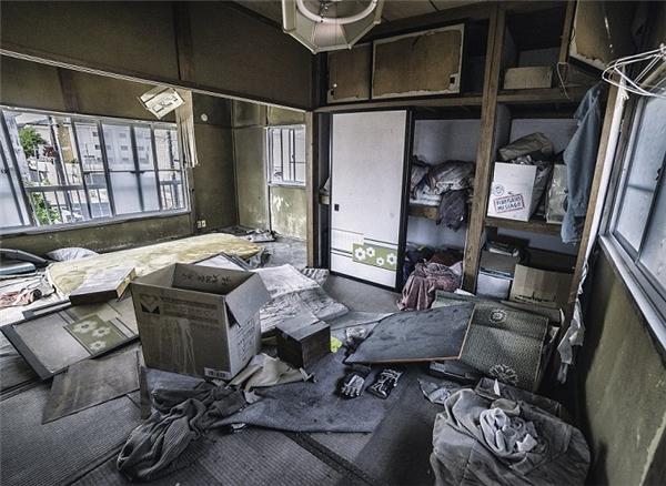 Những gì còn sót lại trong một ngôi nhà sau khi di tản.