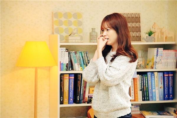 """Lee Jong Suk """"khóa môi"""" Han Hyo Joo trước giờ phim lên sóng"""