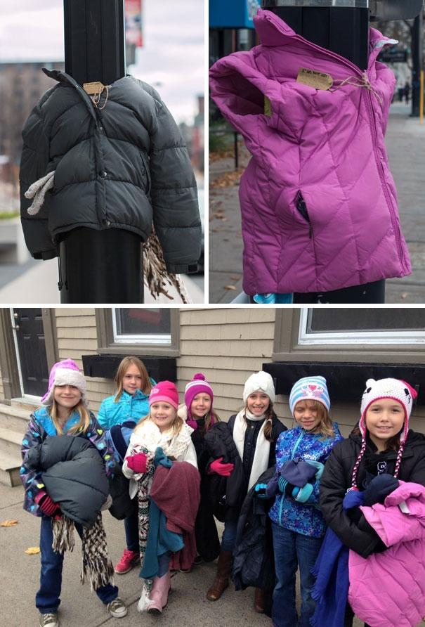 Những đứa trẻ ở Canada đã dành tặng những chiếc áo ấm nhằm giúp người vô gia cư chống chọi với mùa đông lạnh giá.