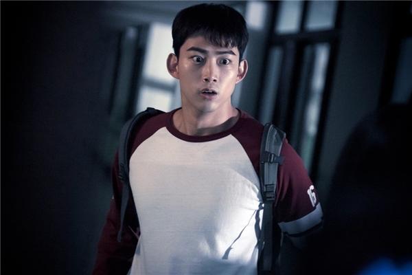Mĩ nam màn ảnh Hàn khiến khán giả đổ gục trong tích tắc
