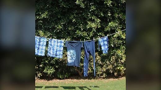 Nhuộm hoa văn cho quần áo