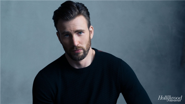 """Nam thần Hollywood"" Chris Evans."