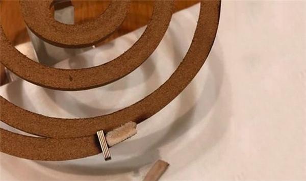 Bạn có biết vì sao nhang muỗi có hình dạng xoắn ốc không?