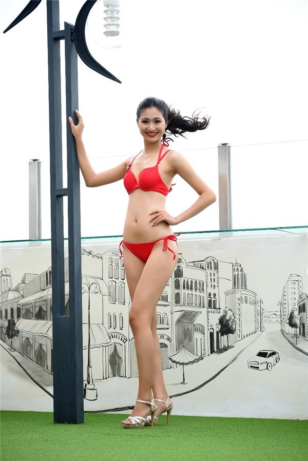 Lê Thị Hậu là thí sinh sở hữu chiều cao nổi bật nhất 1m79.