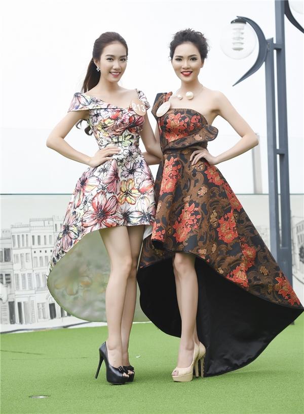 Chị em sinh đôi tranh giành cơ hội trở thành hoa hậu
