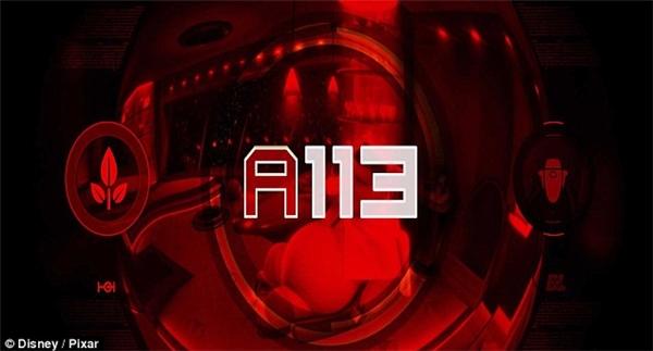 """Kí tự bí ẩn """"A113""""."""