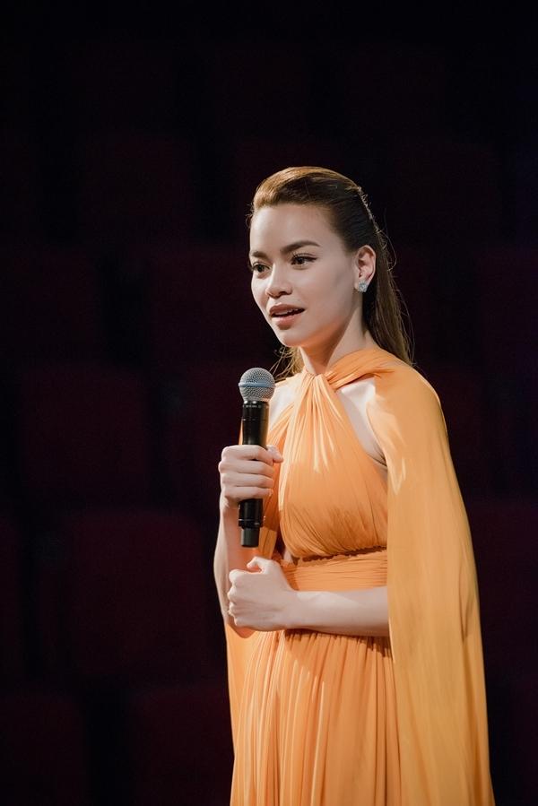  Nữ ca sĩ thẳng thắn bộc bạch về chuyện tình cảm cá nhân với khán giả. - Tin sao Viet - Tin tuc sao Viet - Scandal sao Viet - Tin tuc cua Sao - Tin cua Sao