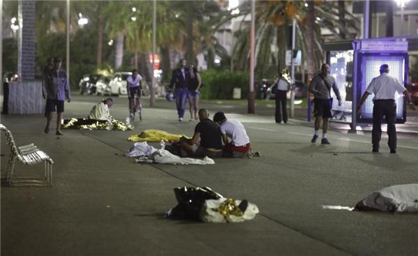 Chỉ với hành động của một kẻ điên cuồng có thể gây ra thương vong cho hơn 200 người. (Ảnh Reuters)
