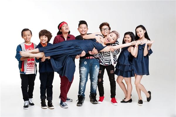 """Tóc Tiên """"quẩy"""" hết cỡ cùng dàn Idol Kids trước thềm chung kết"""