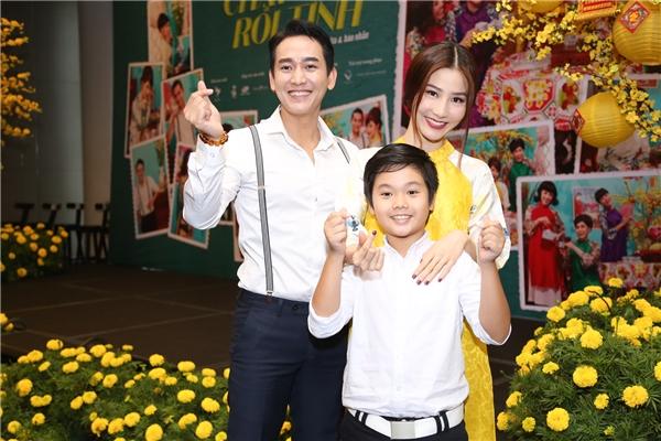 """Việt Hương hài hước tiết lộ trong phim Hứa Vĩ Văn sẽ có """"cảnh nóng"""" khiến nhiều người tò mò."""