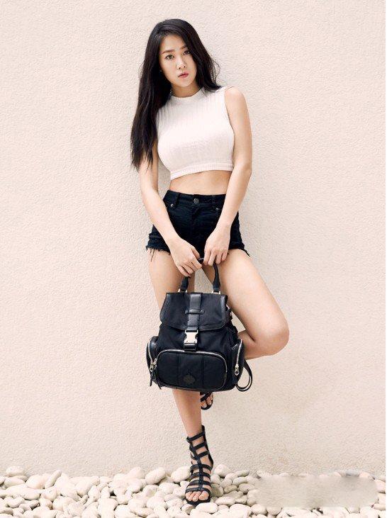 Soyu được các chuyên gia đánh giá là có hình thể đẹp và chuẩn như người mẫu.