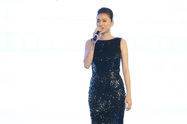 Đồng thời cô cũng là gương mặt quen thuộc của không ít thương hiệu uy tín toàn cầu.Được biết, Ngô Thanh Vân sẽ đảm nhận vai trò đại sứ thương hiệu cho nhãn hàng tại sự kiện trong thời gian tới.