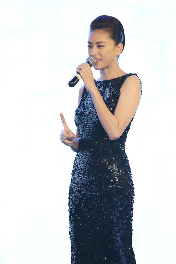 Song song với vai trò đại sứ thương hiệu, hiện tại Ngô Thanh Vân khá bận rộn để chuẩn bị cho việcra mắt bộ phim điện ảnh Tấm Cám: Chuyện chưa kểvào tháng 8 năm nay và liveshow hoành tráng của nhóm 365 do cô quản lí.
