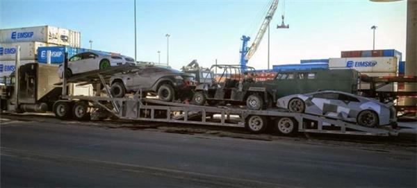 Fast & Furious 8 công khai hậu trường tai nạn siêu xe