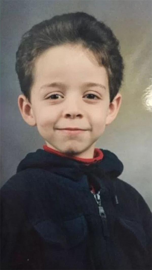 Ám ảnh gương mặt những đứa trẻ vô tội mất tích sau vụ thảm sát ở Pháp