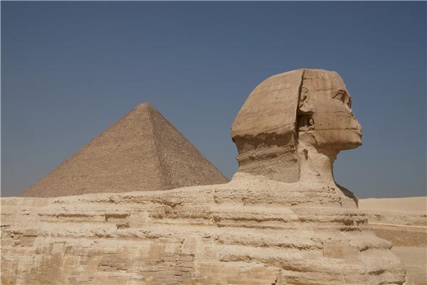Một công trình đứng vững trước thời tiết khắc nghiệt của sa mạc Ai Cập suốt gần 5 thiên niên kỉ. (Ảnh: Internet)