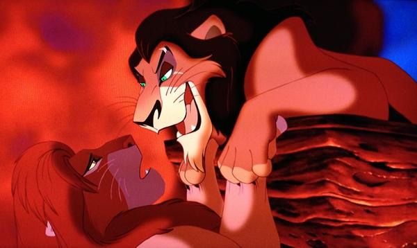 Đã nhắc đến kẻ ác trong hoạt hình Disney, rõ ràng khó ai có thể quên được Scar. Bao lứa khán giả nhỏ tuổi đã phải khiếp sợ một Scar không chỉ giết anh trai màcòn ác độc đẩy cháu trai mình vào hố tử thần. Sự khao khát quyền lực và nỗi ám ảnh ngôi vương đã khiến Scar đến mức điên rồ. Thực tế, phân cảnh Scar giết Mufasa cho đến nay vẫn được liệt vào cảnh bạo lực bậc nhất của phim Disney.
